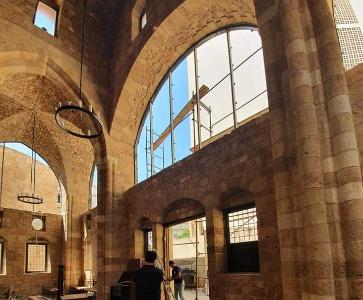 Replay : Chrétiens Orientaux - France 2 : Beyrouth se relève les chrétiens témoignent